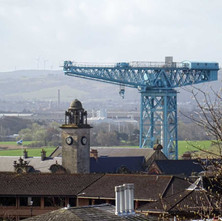 Titan crane photographed from Second Avenue. - 19th April 2016