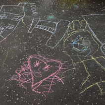 Childrens pavement art, Dalmuir  - 18th April 2014