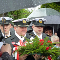 Representatives from Poland paying their respects to the civilians who were killed during the Clydebank Blitz . - 12th March 2011