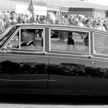 The famous Royal wave.  -  Whitecrook 9th August 1986