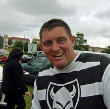This is Kenny Scullion, he was one of the boys I photographed away back in 1985. He is still racing. - 21st June 2009