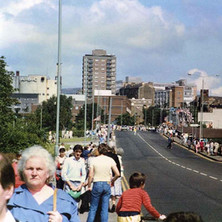 Looking up Kilbowie Road.  -  Clydebank Centenary Celebrations 1986  -  Photo by Wallace McIntyre