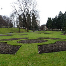 It's rumoured that they are going to do away with the flower beds in Dalmuir Park. - 22nd March 2018