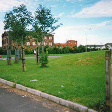 Looking across Glasgow Road with Elgin Street School in the background. - Clydebank 1987. Photos taken by Sarah from California, USA
