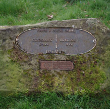 Distance plate set in stone on the Forth & Clyde Canal at Dalmuir, funded by Strathclyde European Partnership.  -  23rd March 2019