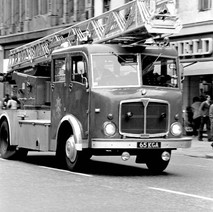 Glasgow fire engine on Argyle street. - Friday 29th June 1979