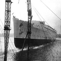 The launch of the Queen Mary at John Brown Shipyard. - Clydebank 1934 - Photo supplied by Hughie (Chuck) Faller