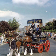 The Coalite horses and cart coming down Kilbowie Road and Turning into Second Avenue.  -  Clydebank Centenary Celebrations 1986  -  Photo by Wallace McIntyre