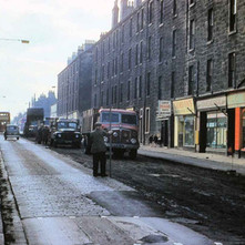 Lifting tram lines on Glasgow Road - from the collection of Jack Carson
