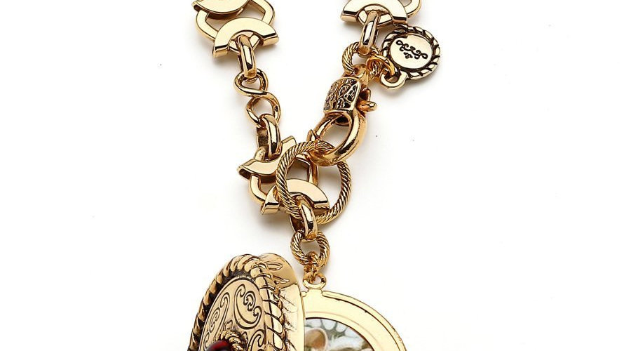 MonReve Thick Long Chain with a Lid