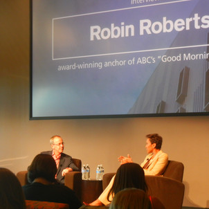 Cronkite Award recipient Robin Roberts inspires Downtown students of all majors