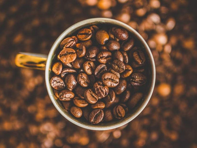 Does Caffeine + L-Theanine Improve Your Workouts? (Explained)