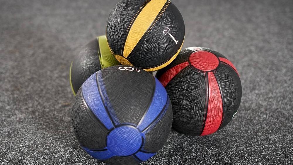 making russian medicine ball twist harder