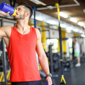 How Much Water to Drink While Taking Creatine (Explained)