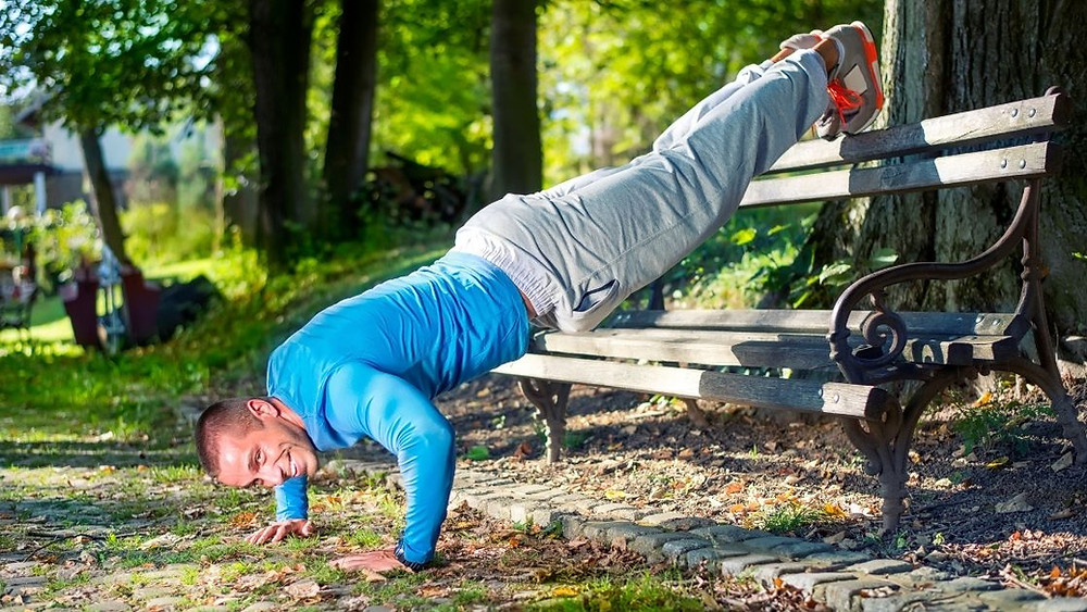 elevated pike push up