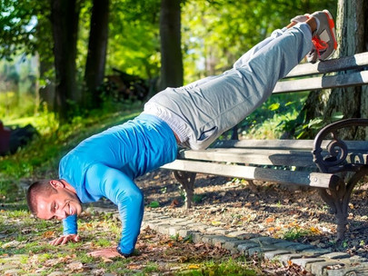 Top 5 Bodyweight Shoulder Exercises [Ultimate Guide]