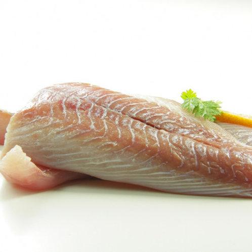 poissonnerie-écailler-traiteur- plateaux de fruits de mer- huîtres- crustacés-la-passion du gout-dos de lieu noir