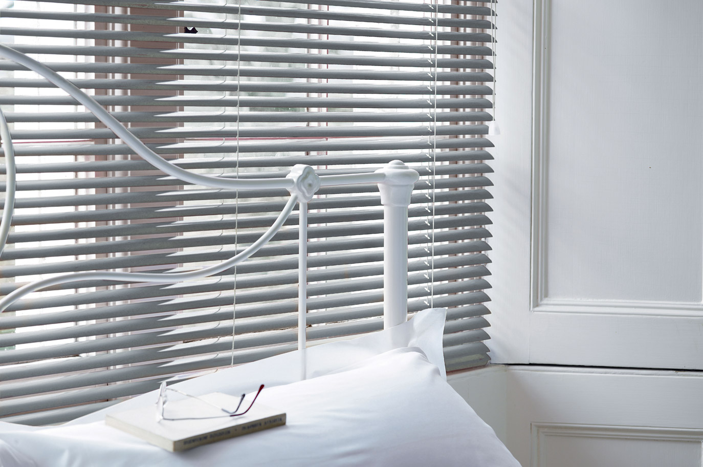 Radiant-Aluminium-Venetian-Blinds-1