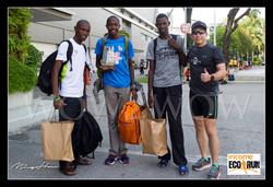 Ming wow2wow UA t-shirt with Kenyan runners at Ecorun 2018