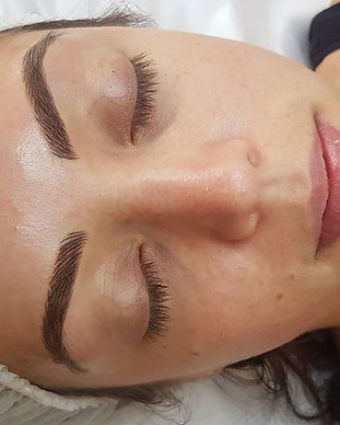 #feathertouchbrows _Wake up with perfect