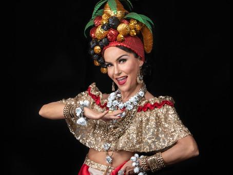 Musical Carmen, a Grande Pequena Notável, que apresenta a trajetória de Carmen Miranda para toda a f