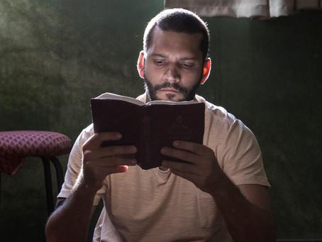 Homem livre, novo filme de Armando Babaioff, tem estreia marcada para 21 de Fevereiro