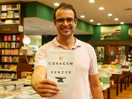 Fabiano Barcellos faz sessão de autógrafos do livro ´Coragem para vencer´, no Rio