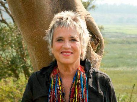 Escritora best-seller, Eve Ensler, revela como se libertou do trauma do abuso
