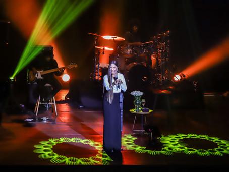 Teatro Multiplan, apresenta o show Ivete Intimista em sua noite de inauguração