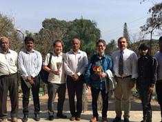 インド含む4か国で最大200台がローンチ。主にAgritechアプリを載せて農家向けに展開する。