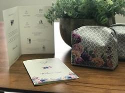 Welcome Book e necessaire para os convidados