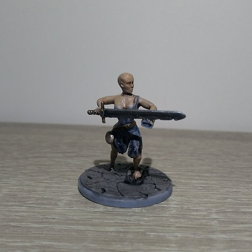 Warrior (female) miniature, perfect for DnD and RPG, 28mm