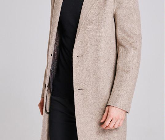 Coat006.jpg