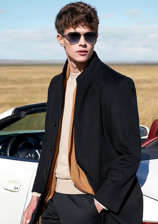 Coat013.jpg