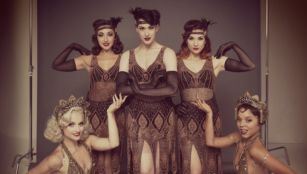 Book Great Gatsby 1920's Dancers Show