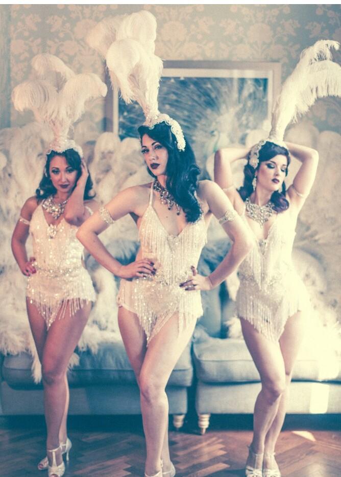 Book Great Gatsby Charleston Dancers