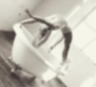 Bathtub performer.png