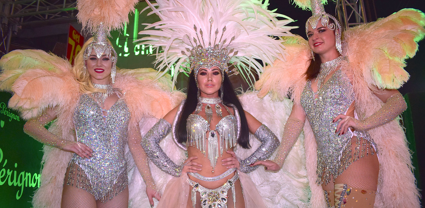 Hire Beautiful Showgirls London UK