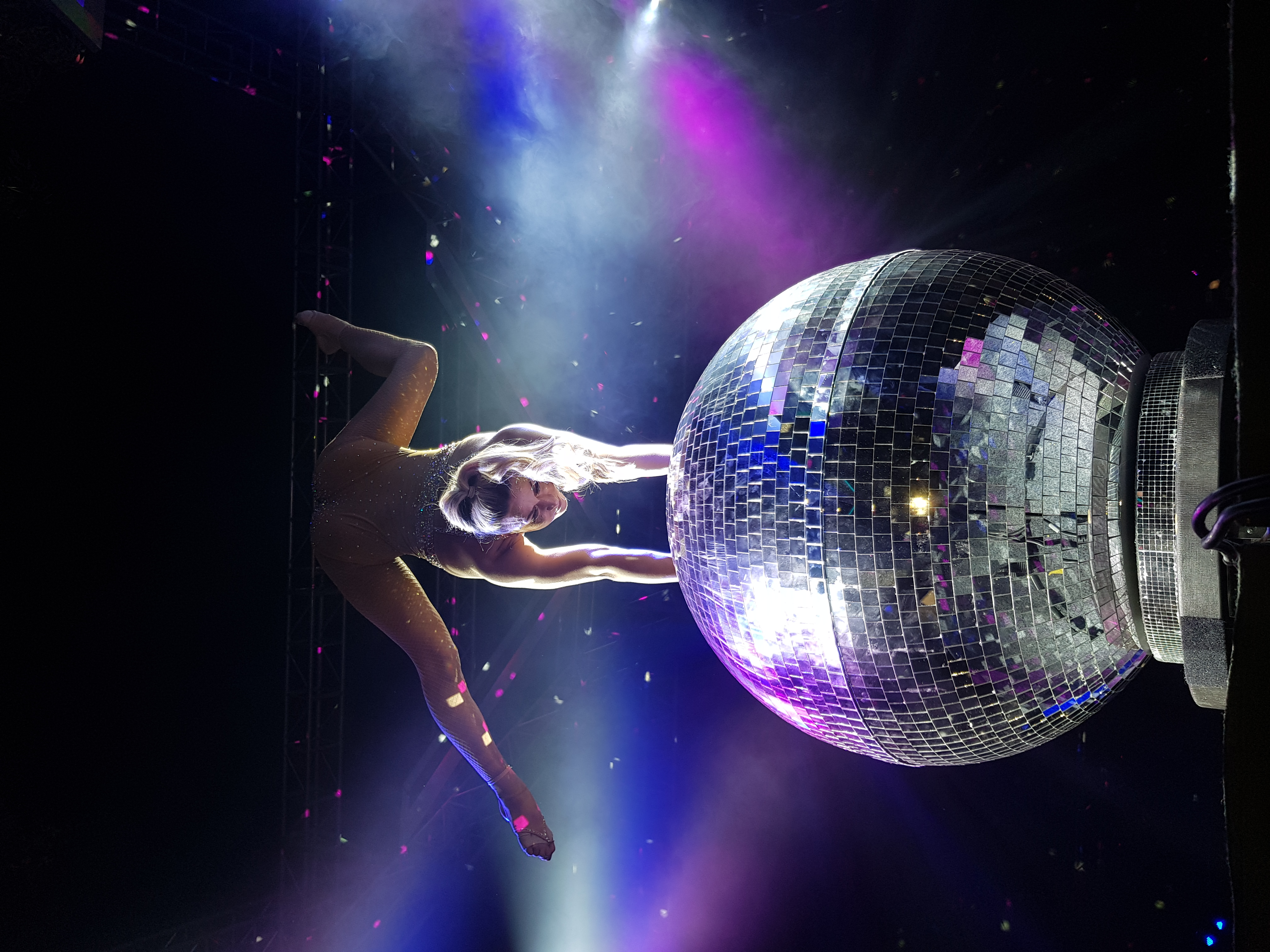 Mirrorball show 1