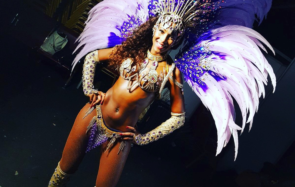 Beautiful Brazilian Samba Dancer For Hire London