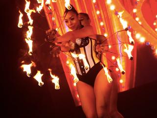Fire meets Moulin Rouge