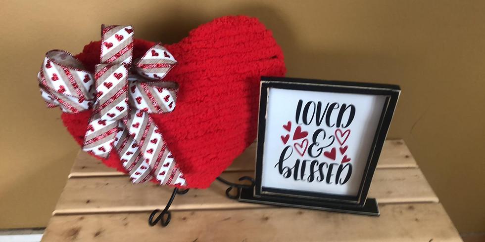 Yarn Wrapped Wreath & Sign Workshop