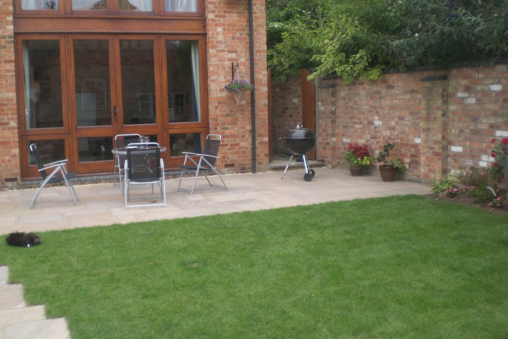 Finished Patio and  new lawn.JPG