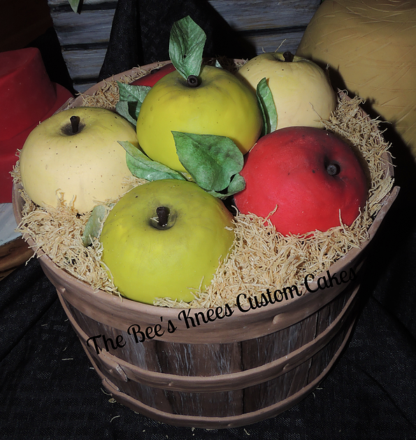 Apple Basket Cake