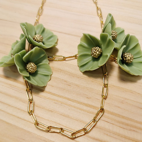 Collar Flores verdes F124