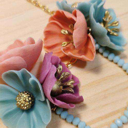 Collar Flores agua y coral F129