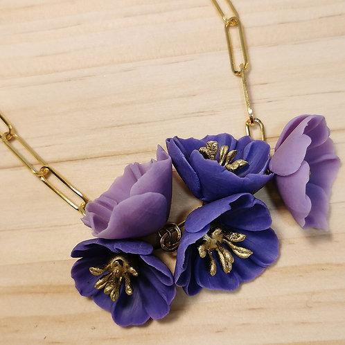 Collar de Flores violetas F121