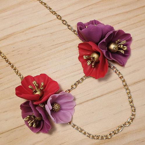 Collar Flores rojas y violetas F125