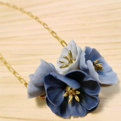 Collar de Flores azules F120