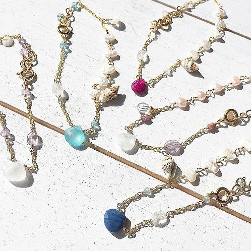 14KGF Charm Link Bracelet (1)